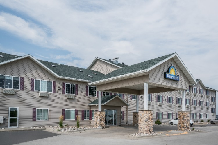 Days Inn / Governors Conference Center 1 of 8