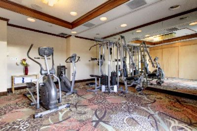 Fitness Room 18 of 28