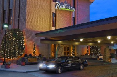 Radisson Hotel Research Triangle Park 1 of 12