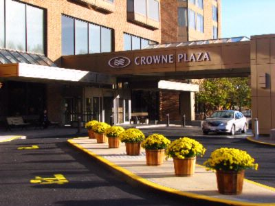 Welcome To The Crowne Plaza Gatineau-Ottawa 3 of 16
