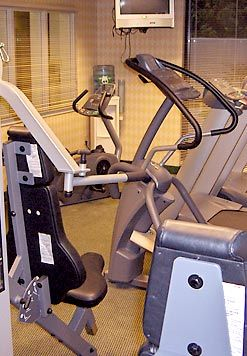 Courtyard Kingston -Fitness Room 9 of 9