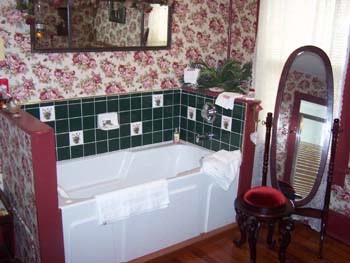 Rose Room Jet Tub In Bathroom 17 of 22