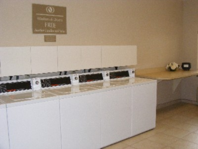 Free Laundry To All Guests 6 of 11