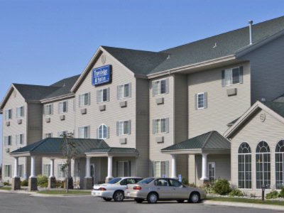 Travelodge & Suites Fargo Moorhead 1 of 6