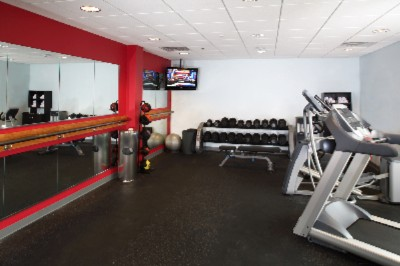 Fitness Center 5 of 10