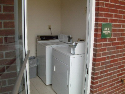 Guest Laundry Facility 9 of 9