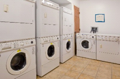 Complimentary Guest Laundry Facility. 4 Washers And 4 Dryers...free 10 of 11