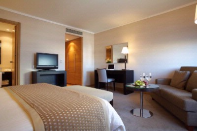 Executive Room 3 of 22
