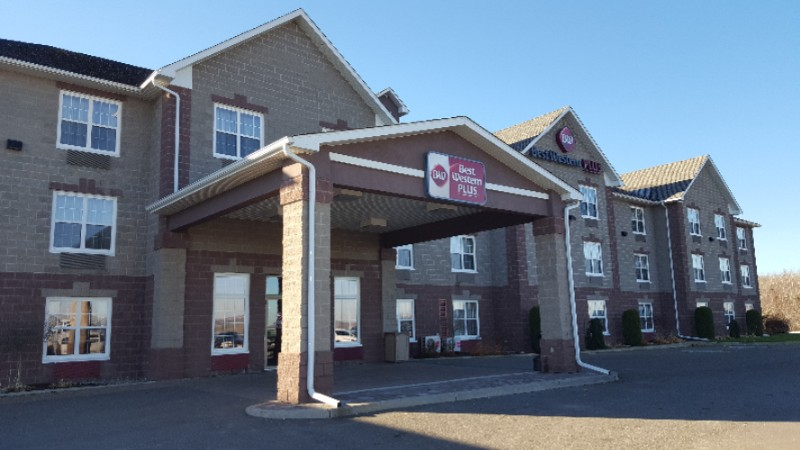 Best Western Plus Grand Sault Hotel & Suites 1 of 6