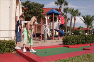 18 Hole Miniature Golf 6 of 16
