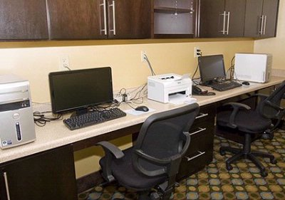 Business Center 16 of 23
