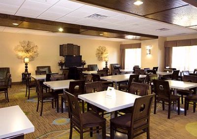 Enjoy Breakfast In This Seating Area 10 of 23