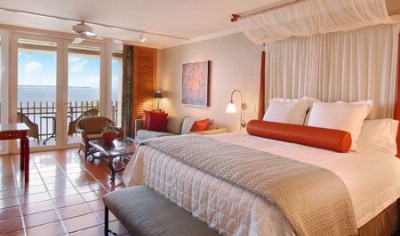 Large Guest Rooms With King Size Bed And Private Balcony 5 of 16