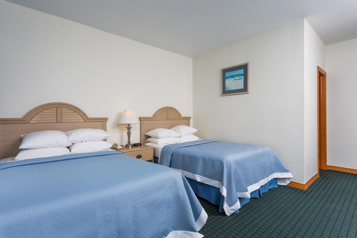 Larger Efficiency Suites Are Available With A Full Kitchen & 2 Double Beds Or A King Bed. 7 of 13