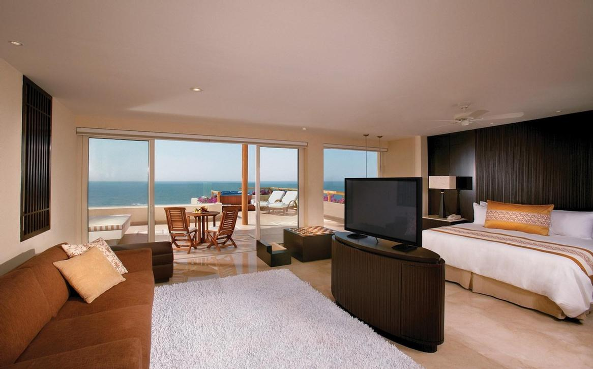 Grand Class Suite -Oceanfront Terrace With 8-Ppl Jacuzzi – Sitting Area – Bedroom With Work Table –– Massage Table And Aqua Tower Shower With Hydro-Jets – Jacuzzi – Walk-In Closet 7 of 31