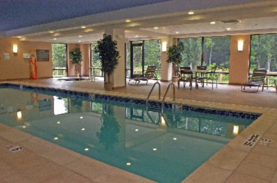 Indoor Heated Pool And Whirlpool 5 of 7