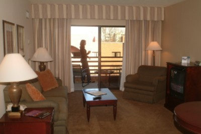 Suite -Parlor With Balcony 6 of 10