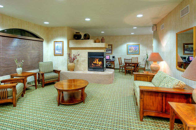 Baymont Inn & Suites Roswell Nm 1 of 11
