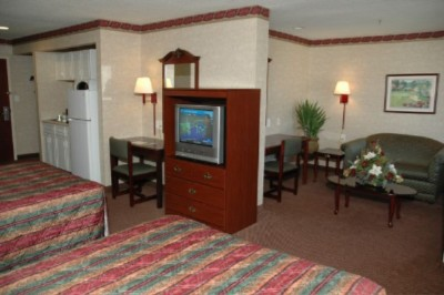 Our Executive Double Queen Suite 3 of 10