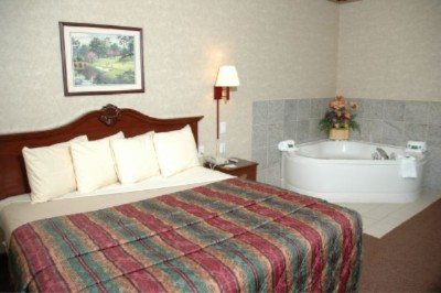 Our King Whirlpool Suite 5 of 10