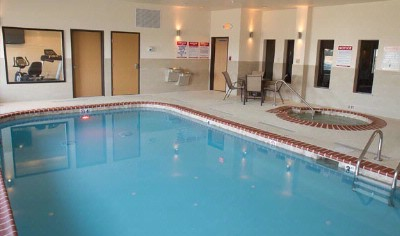 Heated Indoor Pool And Whirlpool 14 of 15