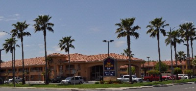 Best Western Inn & Suites Lemoore 1 of 7