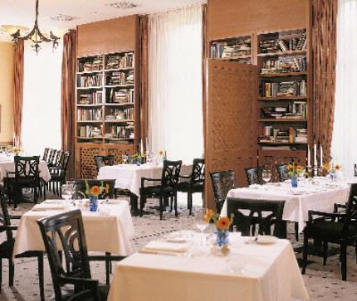 Restaurant Bibliothek 3 of 11