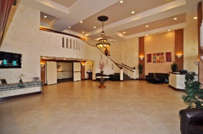 Bw Plus Placentia Inn & Suites Lobby 3 of 9