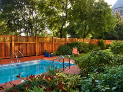 Seasonal Heated Outdoor Pool & Private Garden 4 of 15