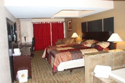 Econo Lodge Inn & Suites Old Saybrook 1 of 10