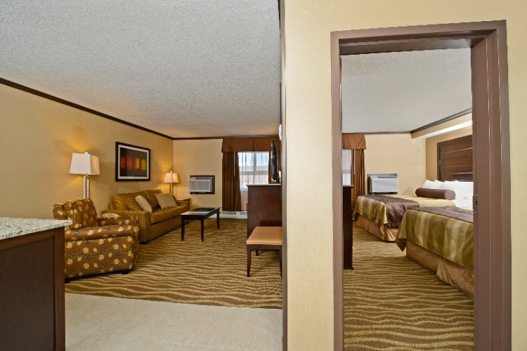 A Separate Bedroom In Our One Bedroom Suites Offers 2 Queen Beds 15 of 17