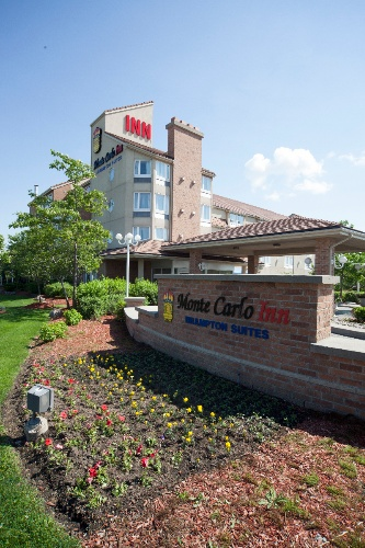 Monte Carlo Inn Brampton Suites 1 of 11