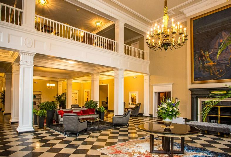 The Lobby 4 of 12