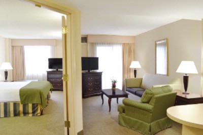 Two Room Suite (King Or Two Double Beds) 9 of 16
