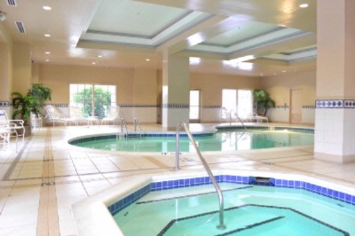 Indoor Pool And Jacuzzi 10 of 16