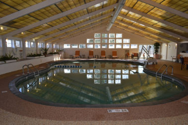 Large Indoor Pool 9 of 10