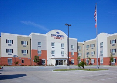 Candlewoodsuites Pearland 1 of 14
