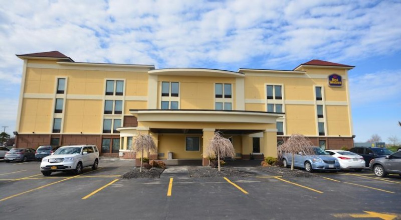 Best Western The Inn At Buffalo Airport 4630 Genesee St Chewaga Ny 14225