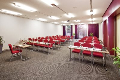 Meeting Room Reuss 15 of 27