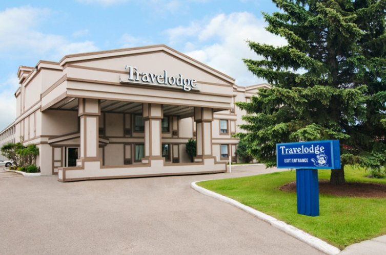 Travelodge Red Deer 1 of 16