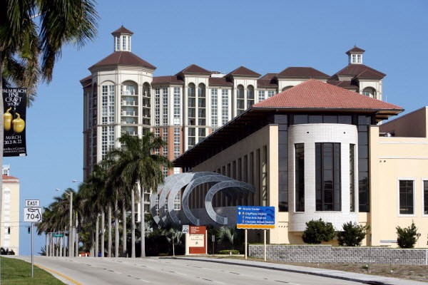 Palm Beach County Convention Center (1.83 Miles From The Stay Inn) 11 of 16