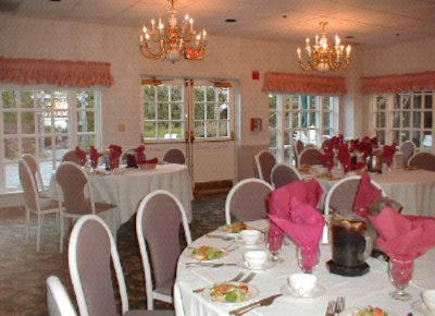 Garden Room Holding Up To 50 People For Banquets And Meetings 4 of 6