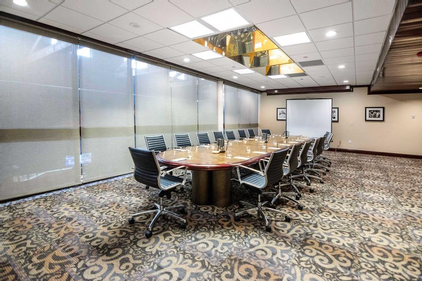Shula\'s Board Room 5 of 16