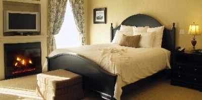 Luxurious Guest Room 7 of 8