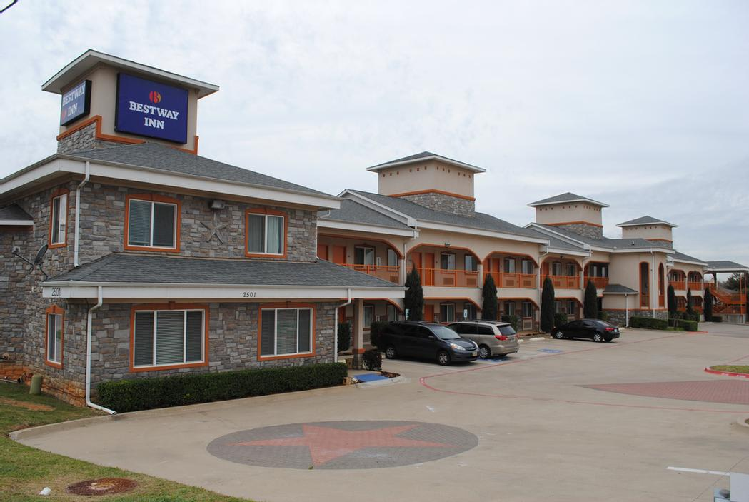 Americas Best Value Inn 2 of 2