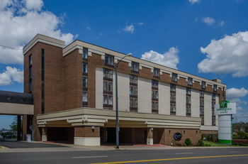 Image of Mansfield Holiday Inn & Suites