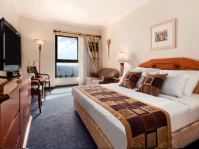 King Deluxe Sea View Room 4 of 14