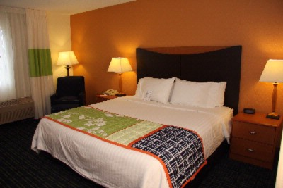 Our Guest Rooms Include 1 King Bed Or 2 Queen Beds With Comfortable Bedding And Complimentary High-Speed Internet Access 6 of 7