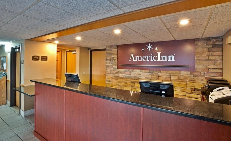 Americinn Bay City 1 of 11