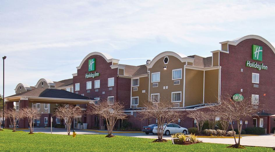 Holiday Inn Hotel & Suites Slidell 1 of 28